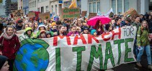 Clima: si scende ancora in piazza nel mondo