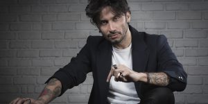 """Fabrizio Moro, il 9 febbraio esce """"Parole, Rumori e Anni parte 1"""""""
