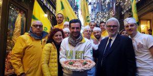 Napoli in festa: l'Unesco riconosce la pizza patrimonio dell'umanità