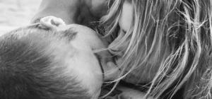 Justin Bieber e Hailey Baldwin sono marito e moglie e tubano via social
