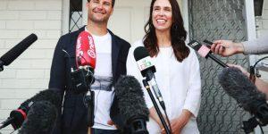 """Cicogna in volo verso la Nuova Zelanda, la """"Prima Ministra"""" è incinta"""