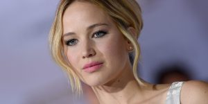 Jennifer Lawrence, niente cinema per un anno ... spazio alla politica