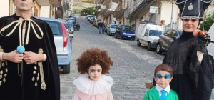 Carnevale 2020, tutti vogliono essere come Achille Lauro