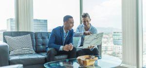 Venditori a domicilio: il segreto del successo? resilienza, motivazione e curiosità