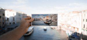 Francia: cartolina arriva dopo 50 anni, le poste si scusano