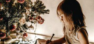 Natale, l'albero fa bene all'umore e il presepe è terapeutico