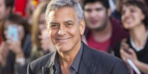 George Clooney, piccolo incidente stradale in Sardegna