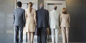 L'ascensore vi mette in imbarazzo? ... nasce la guida di comportamento