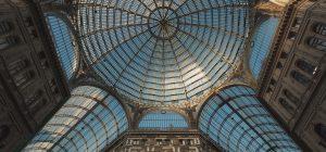 Raccontare una città attraverso i fumetti e i suoi misteri: Napoli