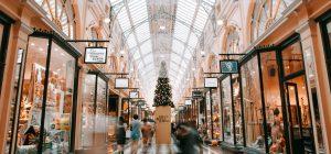 Natale: i doni più gettonati? Prodotti con una storia da raccontare sulle tavole