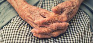 La scarsa igiene orale potrebbe innescare l'Alzheimer