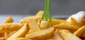La frittura fa male: lo dice la scienza. Sono più a rischio le donne