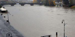 Maltempo: è allerta fiumi, il Po sale 4 metri in 36 ore