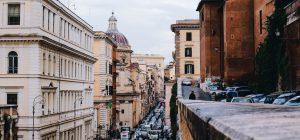Roma: cartellino rosso in Europa per ore nel traffico