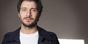 Claudio Santamaria tornerà nelle sale con 'Brutti e cattivi'.