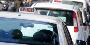 Taxi ... ci si perde di tutto. Italia quinta in Europa