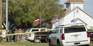 Texas: spara in una chiesa. Almeno 26 morti