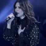 Laura Pausini, sul palco arriva la figlia Paola