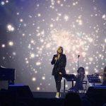 Emma prima uscita sul palco... e duetta con Tommaso Paradiso