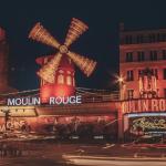 Parigi: il Moulin Rouge ha compiuto 130 anni