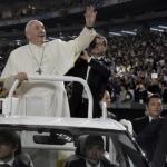 Papa Francesco ha lasciato il Giappone, nel pomeriggio il rientro a Roma