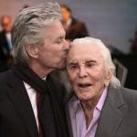 Kirk Douglas compie 103 anni. Voglio una cena di famiglia
