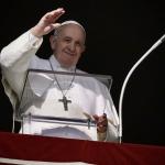 Papa Francesco, cristiani mostrino amore per i migranti