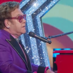 "Elton John, ""(I'm Gonna) Love Me Again"" vince l'Oscar"