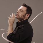 """Tiziano Ferro, il nuovo singolo è """"Amici per errore"""""""