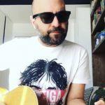 """Giuliano Sangiorgi, l'inedito """"Restiamo A Casa"""" contro il Coronavirus"""