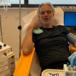 Andrea Bocelli sconfigge il Covid e dona il plasma per la scienza