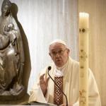 Papa Francesco: pensiamo a tutte le pandemie, oggi preghiera, digiuno e carità