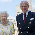 Il Principe Filippo compie 99 anni. Nuova foto ufficiale e pranzo con la Regina