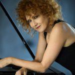 """Fiorella Mannoia: online il video """"Chissà da dove arriva una canzone"""""""