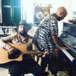 Giuliano Sangiorgi e Federico Zampaglione in studio di registrazione...