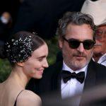 Joaquin Phoenix e Rooney Mara genitori, il piccolo si chiama River... come lo zio!