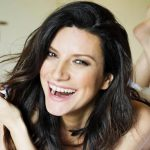 "Laura Pausini, ""Io sì/Seen"" candidata anche ai Critics Choice"