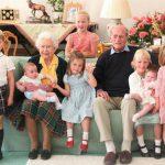 Principe Filippo, la foto più bella è con i suoi pronipoti