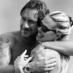 Il bigliettino romantico di Ilary Blasi a Totti fa il giro del web