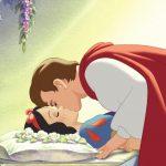 Biancaneve: il principe finisce sotto accusa per il bacio rubato