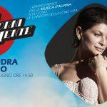 Alessandra Amoroso a Mi Ritorni in Mente trasforma i ricordi in canzoni