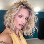 Michelle Hunziker con il nuovo taglio di capelli spiazza il web