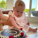 Buon Complemese Vittoria: la festa di mamma Chiara, papà Fedez e Leone