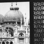 Venezia: 50 manifesti centenari in 150 punti della città
